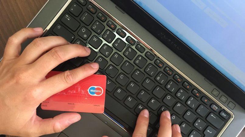 6 Rekomendasi Situs Belanja Online Aman dan Terpercaya